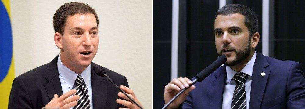 Deputado do PSL ameaça Glenn Greenwald: não pense que você é imortal