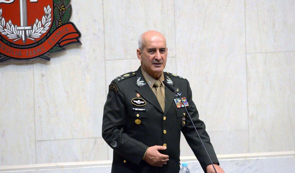 Comandante militar do Sudeste, general Ramos substituirá Santos Cruz