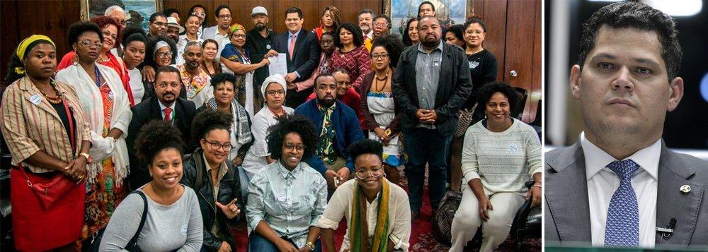 Presidente do Senado firma compromisso com o movimento negro contra o pacote de Sérgio Moro