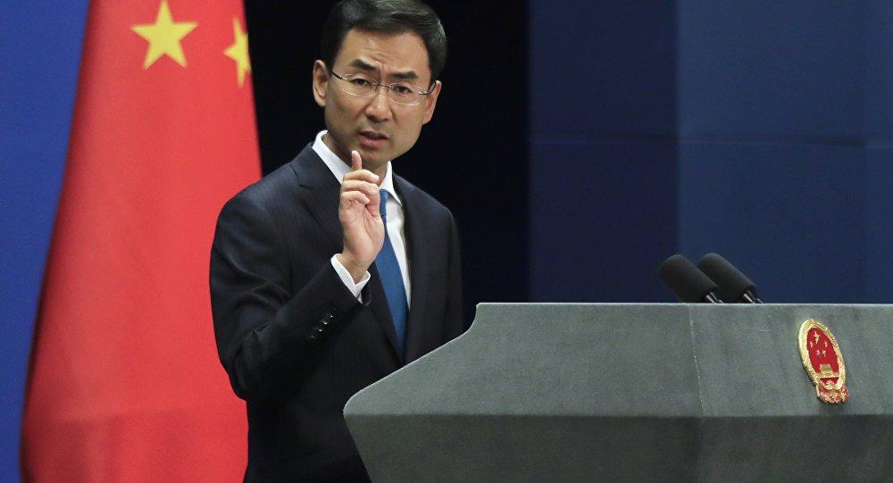 Porta-voz chinês critica mídia por semear intriga com a Rússia