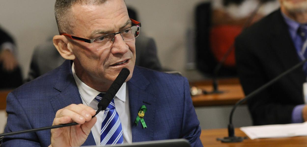 Fabiano Contarato enquadra ex-juiz Sérgio Moro no Senado