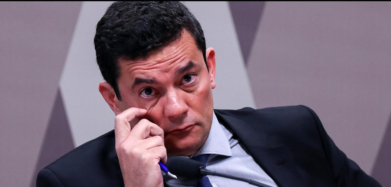 Ministro da Justiça Sergio Moro durante depoimento na CCJ do Senado