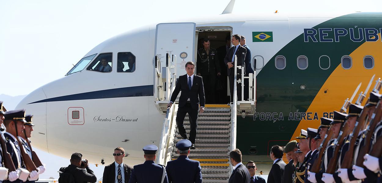 (Santiago - Chile, 21/03/2019) Presidente da República Jair Bolsonaro, desembarca no Aeroporto Internacional de Santiago no Chile. Foto: Marcos Corrêa/PR
