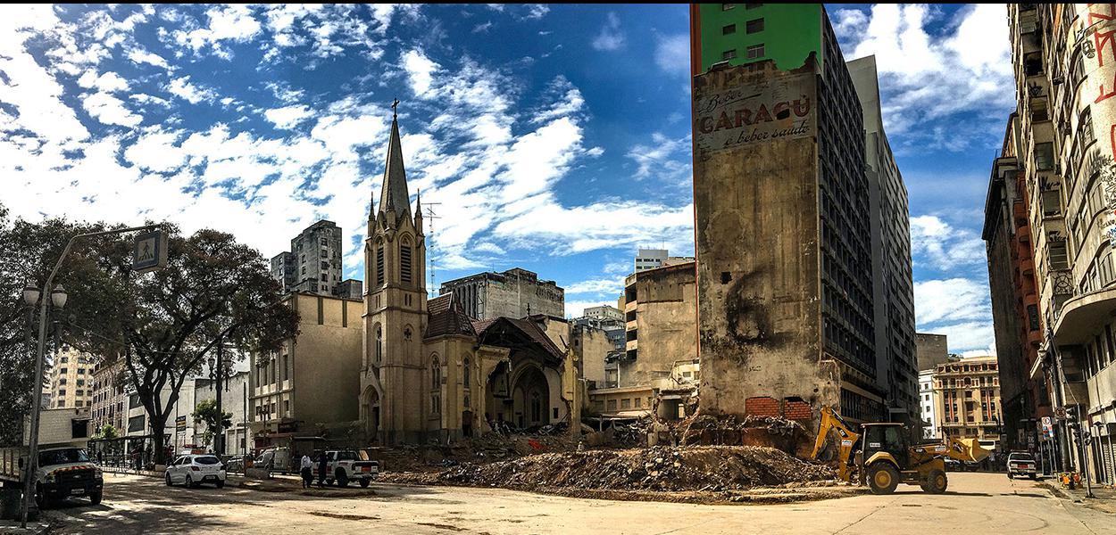 São Paulo 16/05/2018 Restos dos escombros do predio que desabou após incendio no Largo do Paissandu. Foto Paulo Pinto/FotosPUblicas