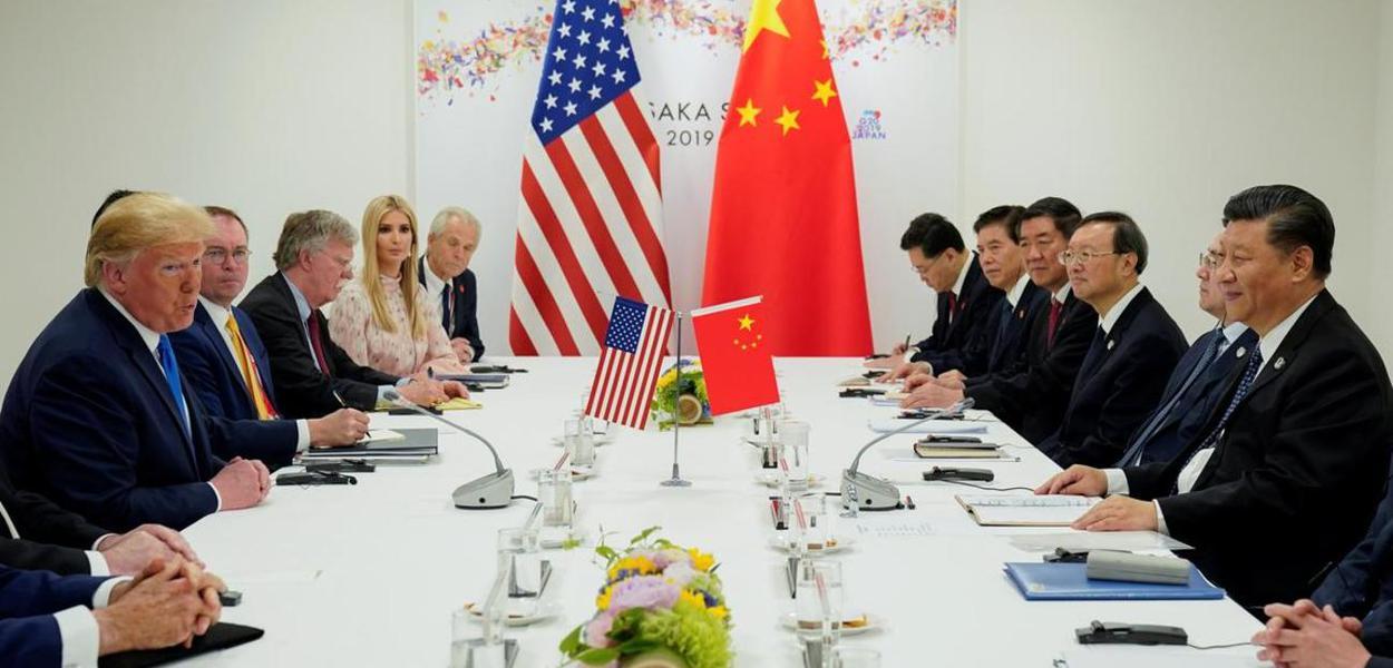 Donald Trump e Xi Jinping em encontro no G20, em Osaka, Japão