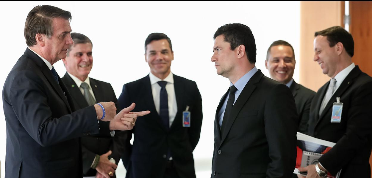 (Brasília - DF, 04/04/2019) Presidente da República, Jair Bolsonaro durante audiência com Sergio Moro, Ministro de Estado da Justiça e Segurança.\rFoto: Marcos Corrêa/PR