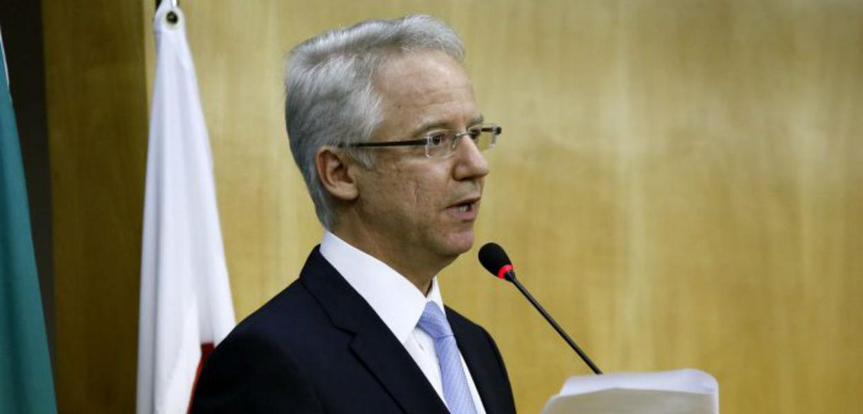 Carlos-Mario-Velloso-Filho