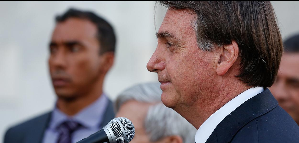 (Brasília - DF, 11/07/2019) Presidente da República, Jair Bolsonaro fala com a imprensa após a solenidade.\rFoto: Carolina Antunes/PR
