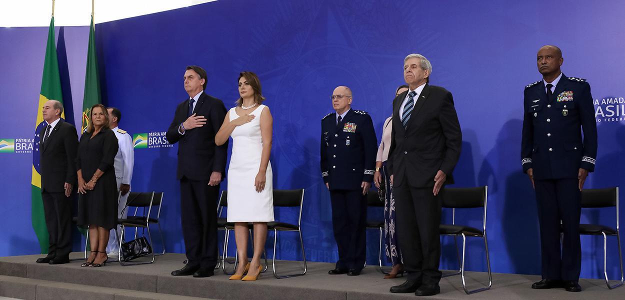 Presidente da República, Jair Bolsonaro durante cerimônia de cumprimentos aos Oficiais-Generais recém- promovidos e Cerimônia de entrega da Medalha da Vitória e da Medalha Militar.