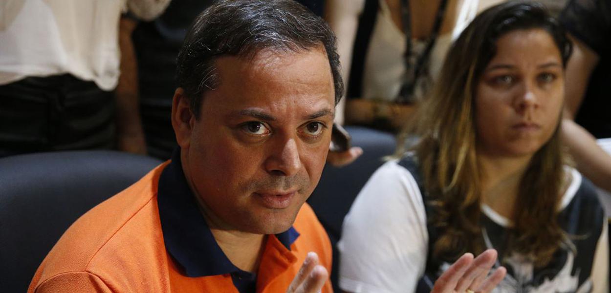 O prefeito de Niterói, Rodrigo Neves.