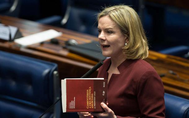 'Dilma Rousseff vai terminar esta legislatura'
