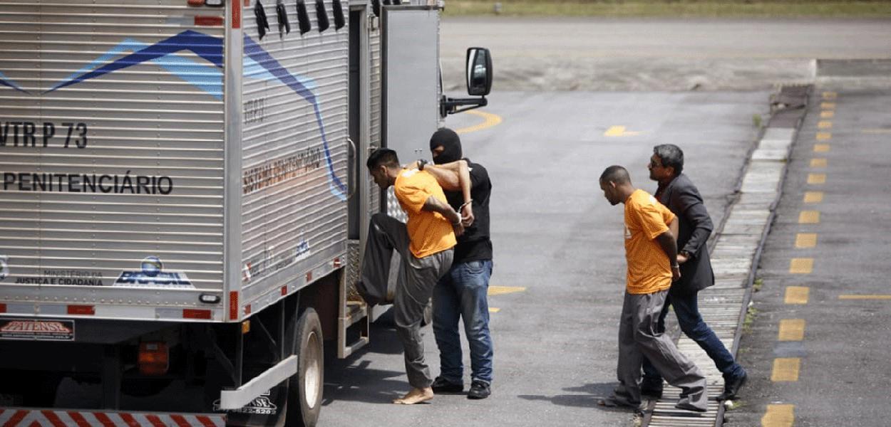 Transferência de presos: suspeitos de liderar massacre vão para outros presídios