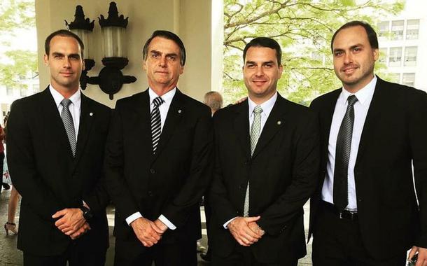 Eduardo, Jair, Flavio e Eduardo Bolsonaro