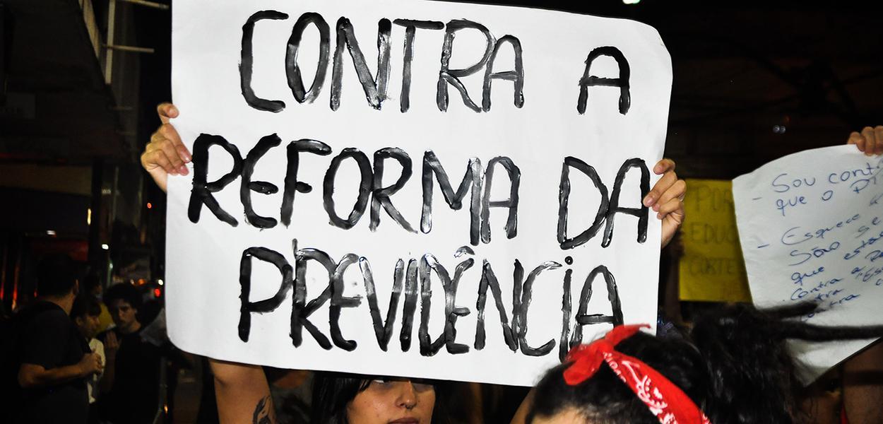Manifestação contra a reforma da previdência.