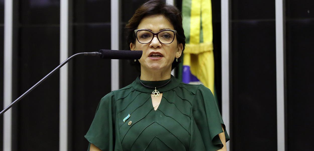 Alê Silva