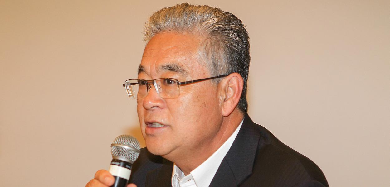 Paulo Okamotto em evento sobre novos desafios da democracia