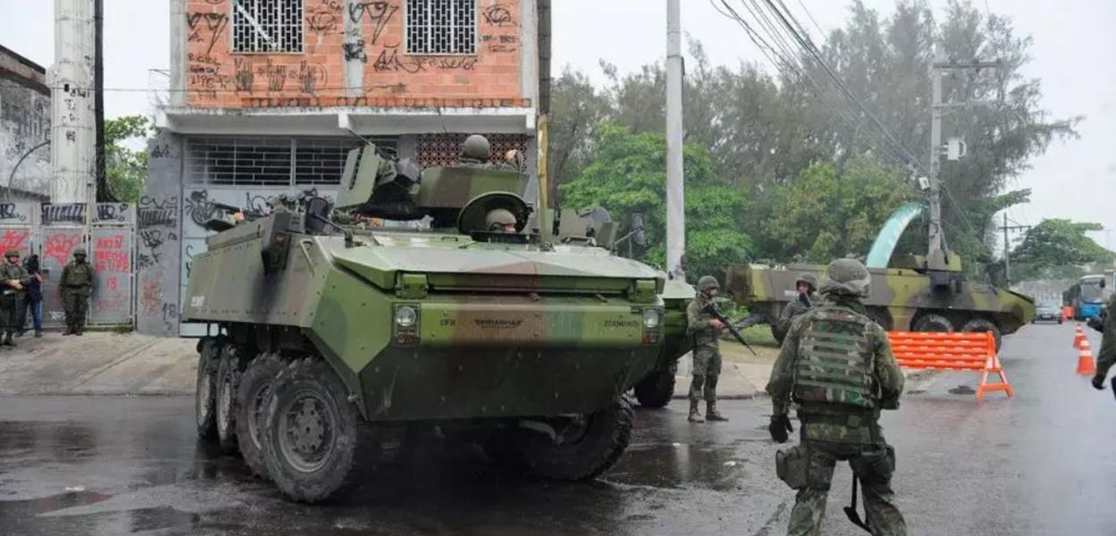 Operação militar em favela