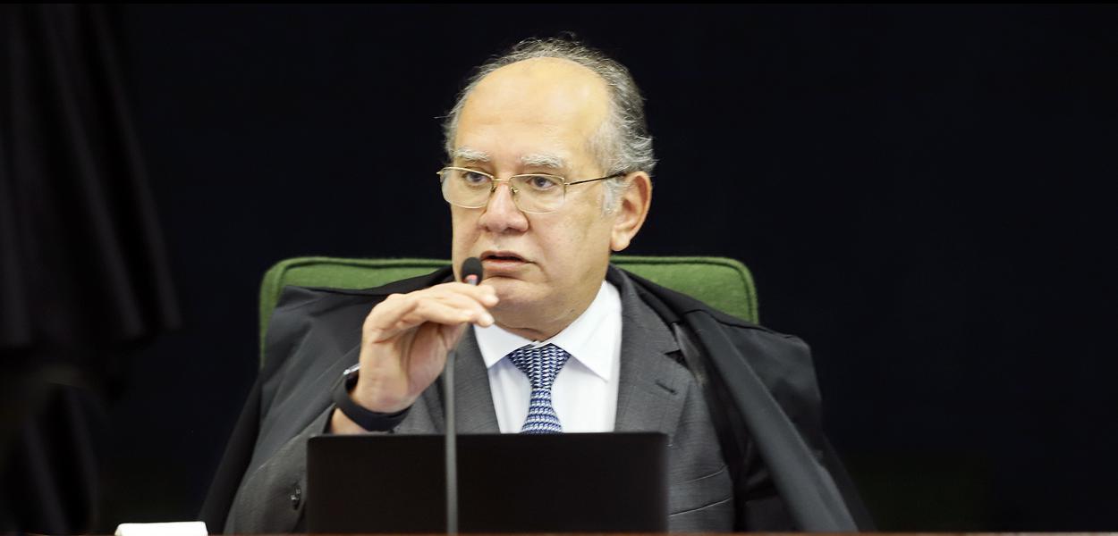 Ministro Gilmar Mendes durante a sessão da 2ª Turma