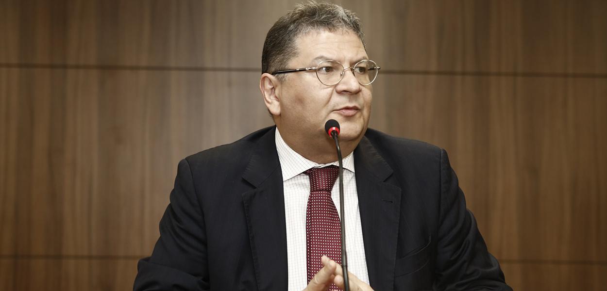 Presidente da Comissão de Direitos Humanos da OAB, Hélio Leitão