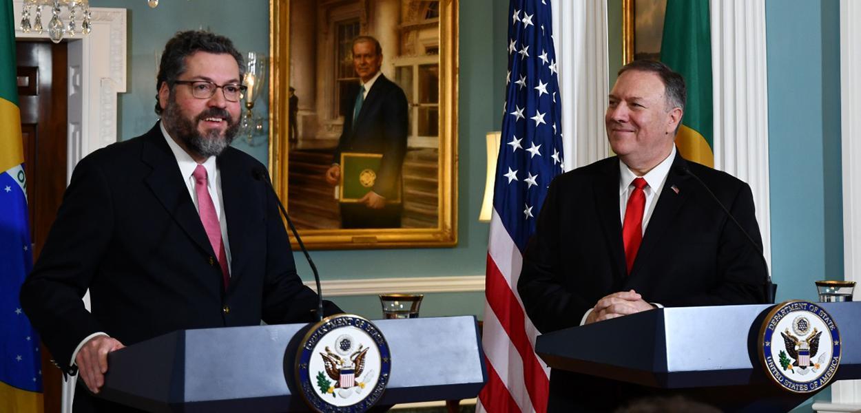 Ministro Ernesto Araújo e o Secretário de Estado dos Estados Unidos, Mike Pompeo
