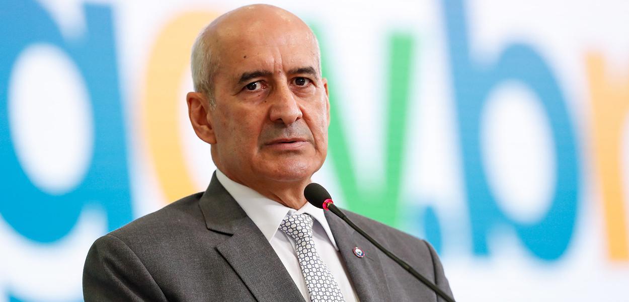 Ministro da Secretaria de Governo, Luiz Eduardo Ramos.
