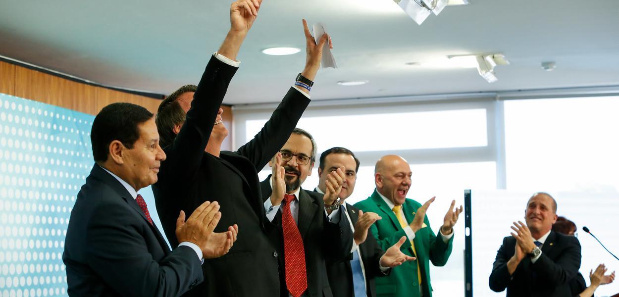 Jair Bolsonaro em cerimônia no Planalto, em Brasília.