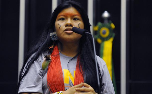 20190924150920 a379e964 870b 4bd7 a481 8fa0b5779cc8 - Indígena que acompanhou Bolsonaro na Onu desabafa: 'estou decepcionada'