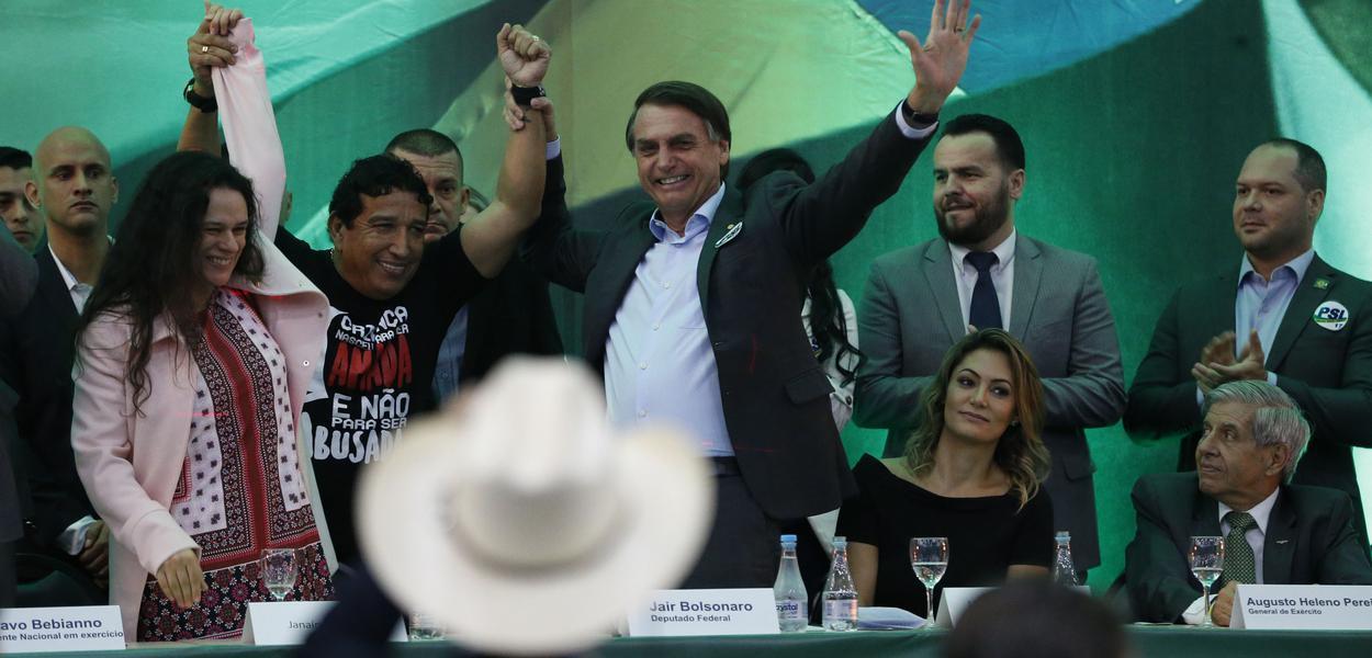 Grupos brigam por controle da campanha de Bolsonaro