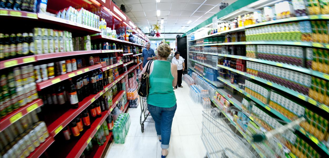 Em prévia de agosto, IPCA-15, a inflação oficial, sobe 0,13%