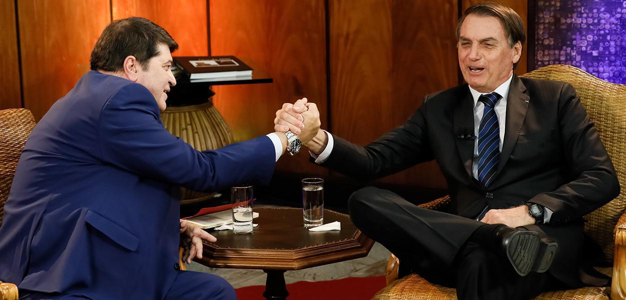 Jair Bolsonaro durante entrevista com José Luiz Datena.