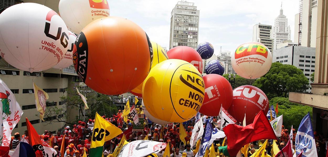 Manifestação das centrais sindicais antes da pandemia