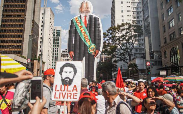 Resultado de imagem para ato Avenida Paulista Justiça Lula
