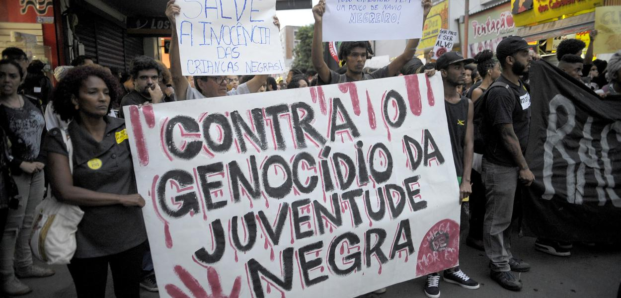 Genocídio do povo negro