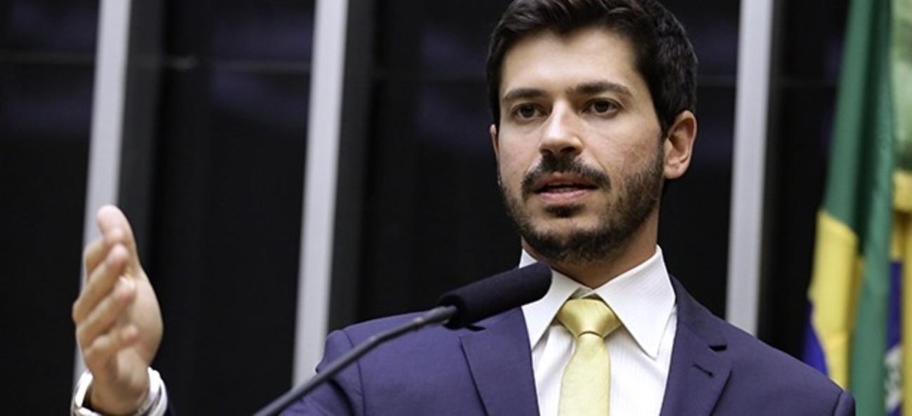 Deputado federal Júnior Bozzella (PSL-SP)
