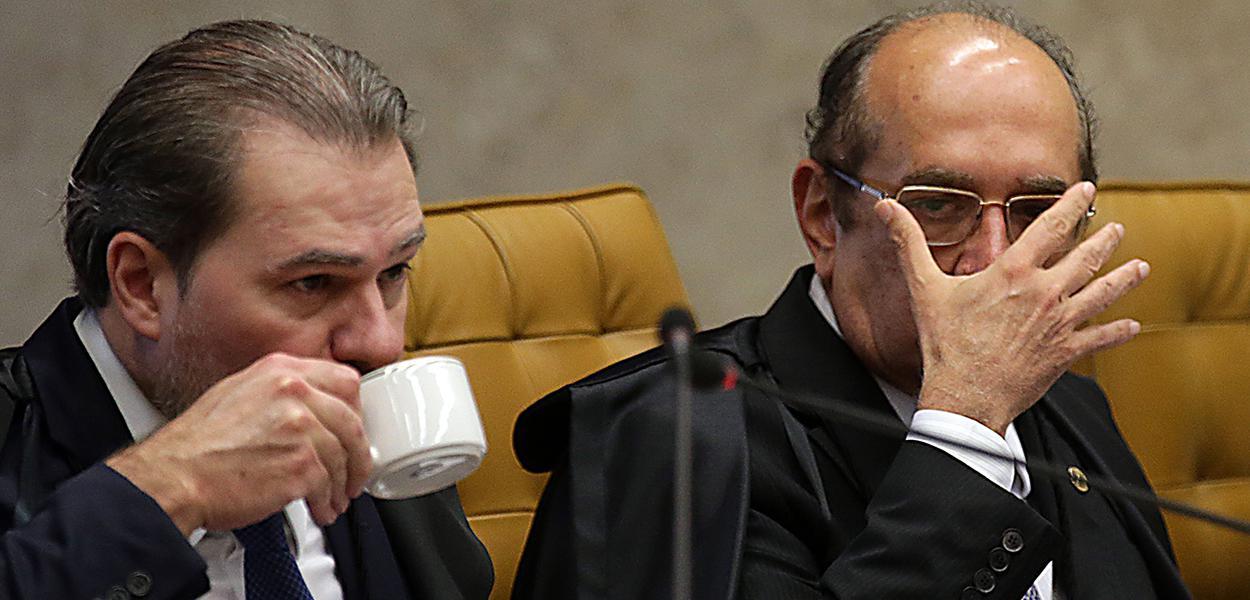 Os ministros do STF Dias Toffoli e Gilmar Mendes