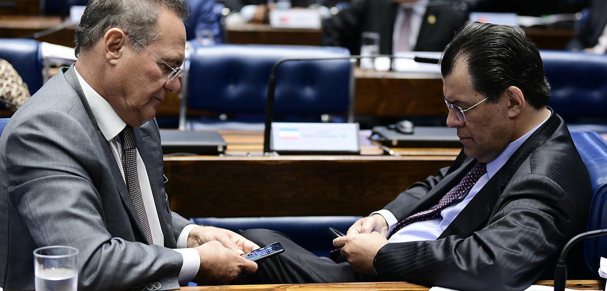 Senador Renan Calheiros (MDB-AL) e  senador Eduardo Braga (MDB-AM)