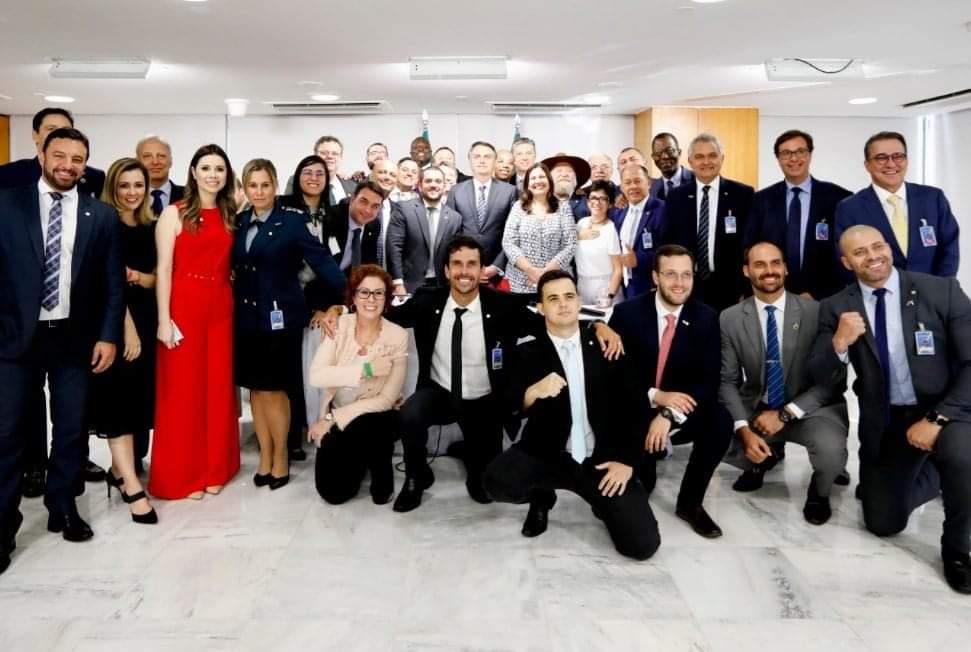 Jair Bolsonaro e parlamentares do PSL