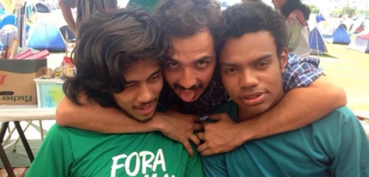 Renan Santos (centro), com Kim Kataguiri e Fernando Holiday, do MBL