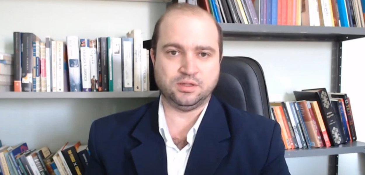 Новый президент бразильского Фонда искусств считает, что рок, изобретённый Советами, провоцирует аборты и сатанизм