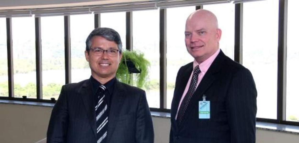 Presidente do TRF4 recebe conselheiro da Embaixada dos EUA