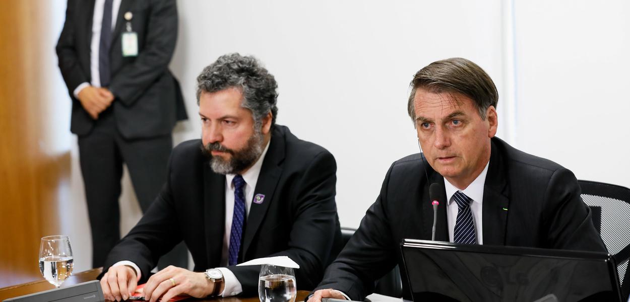 Ernesto Araújo e Jair Bolsonaro