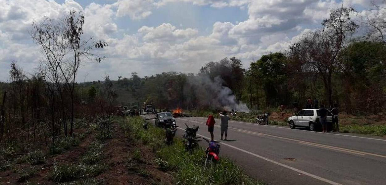 Após o ataque, em protesto, indígenas Guajajara fecharam a BR-226
