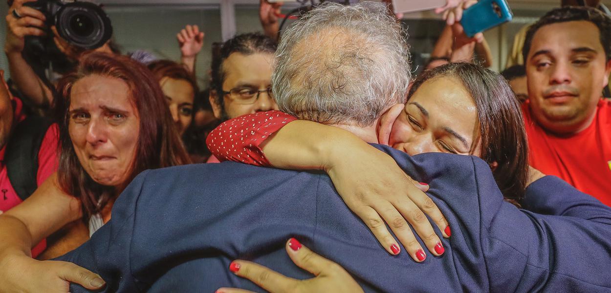 Lula devolve ao povo a esperança na política