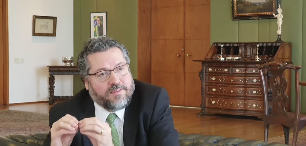 Ministro Ernesto Araújo (Relações Exteriores)