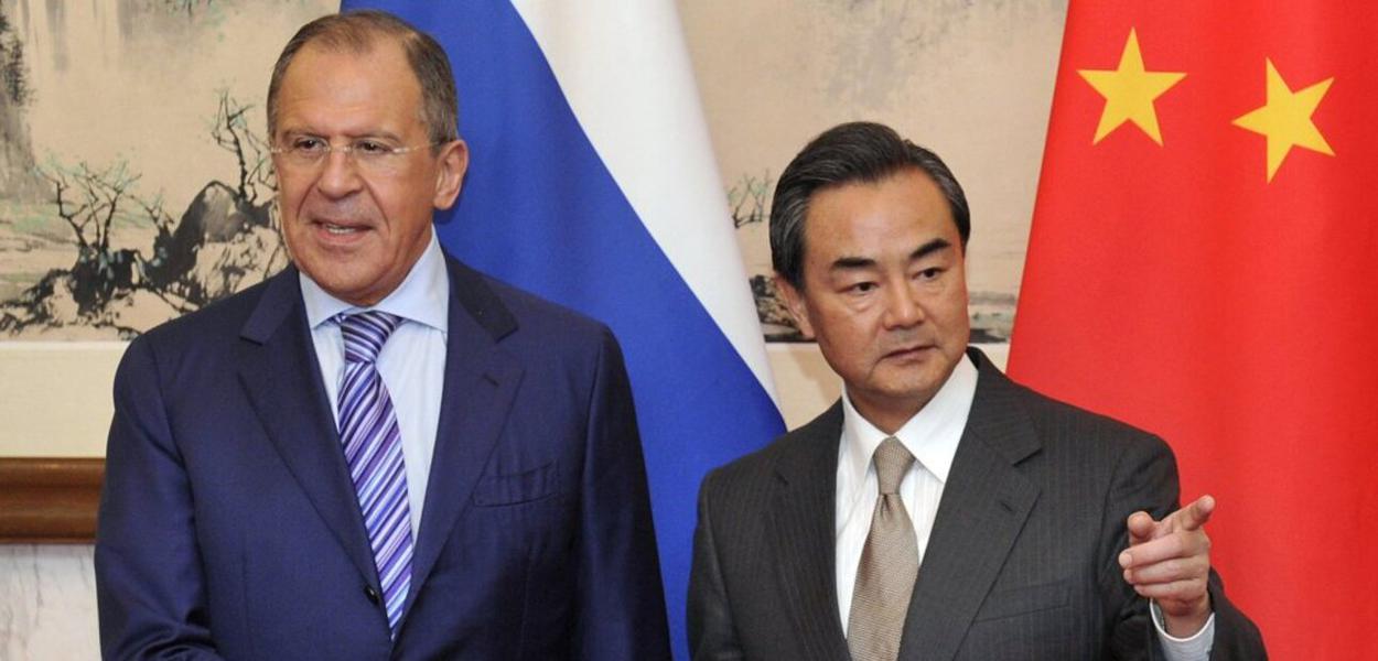 Sergei Lavrov e Wang Yi
