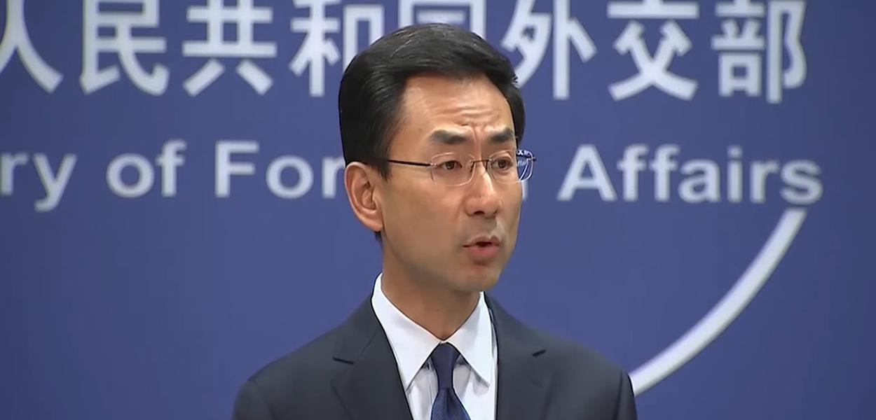 Geng Shuang, porta-voz da Chancelaria chinesa
