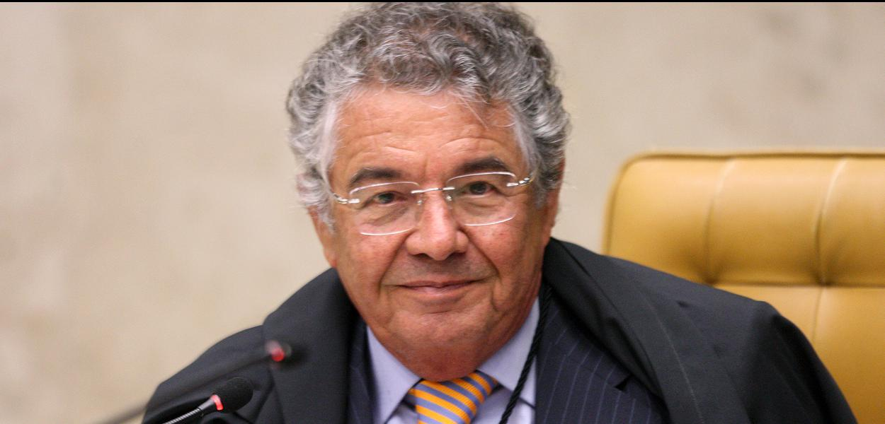 Ministro Marco Aurélio durante sessão de encerramento do ano forense no STF.