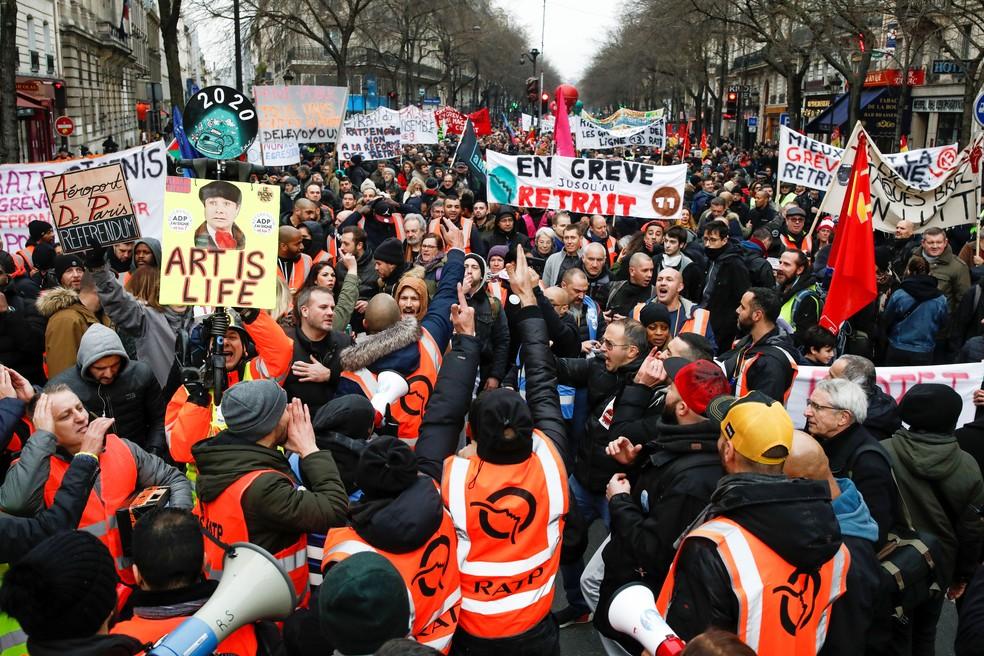 Greve na França contra reforma da Previdência de Macron