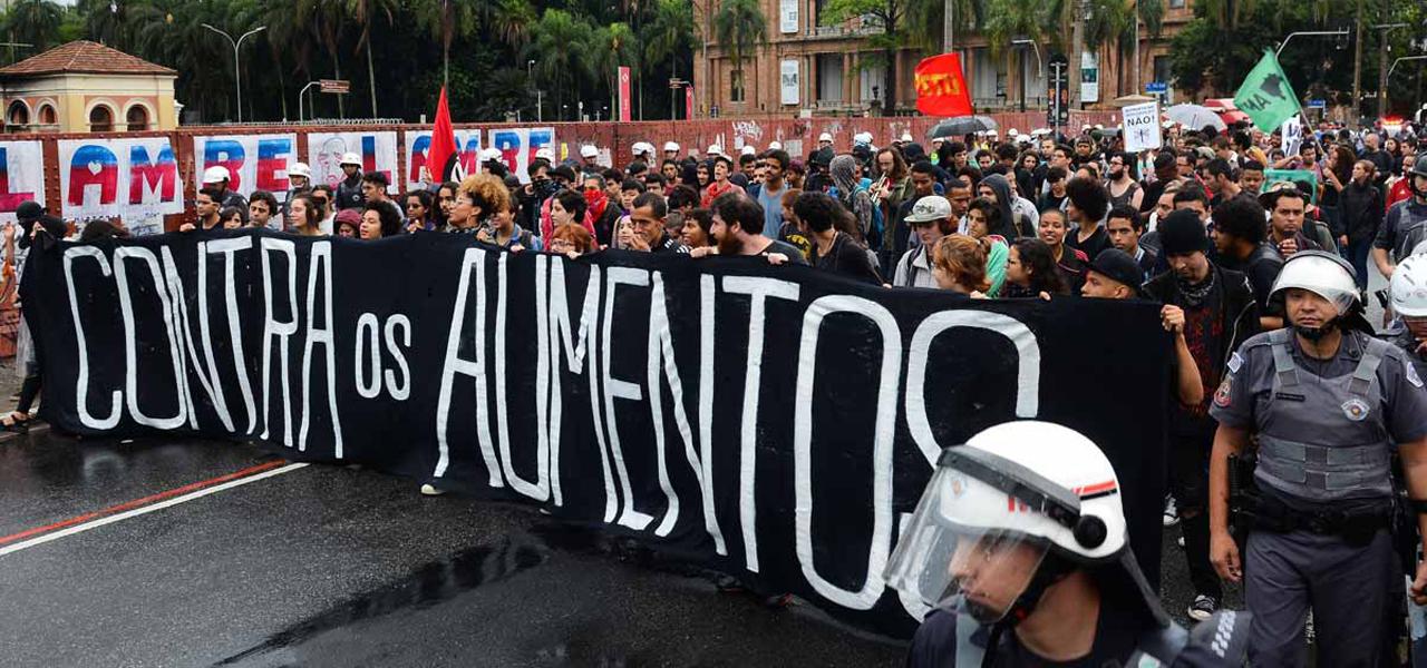 Passe Livre foi criado em 2005 como um movimento social autônomo que reivindica um transporte público gratuito