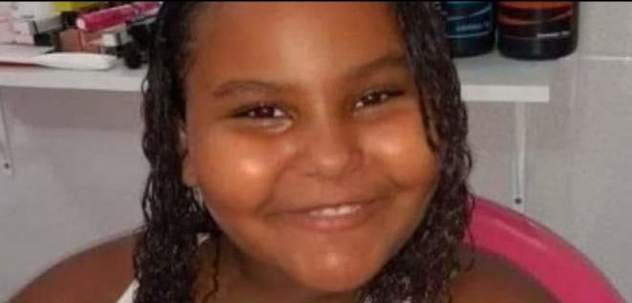 Ana Carolina Neves, vítima de bala perdida